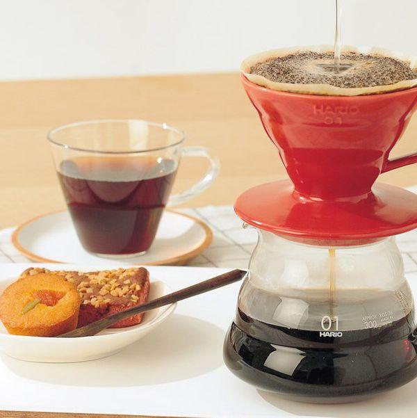 Hario V60 Verseuse à café en céramique, rouge