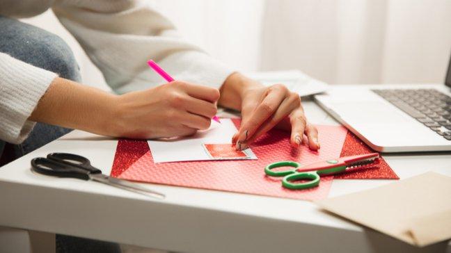 Affordable Gems : 55 idées de cadeaux de Noël bon marché - Carnet de coupons de réduction à faire soi-même