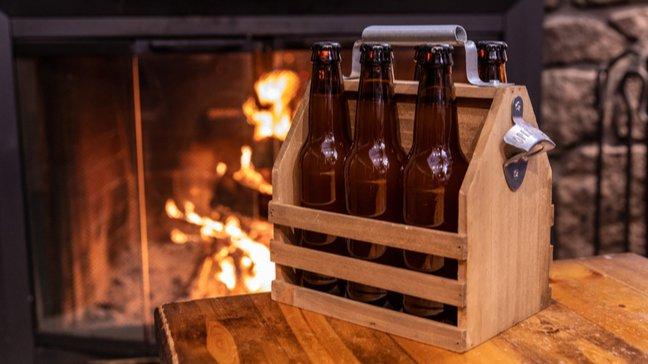Des joyaux abordables : 55 idées de cadeaux de Noël peu coûteux - Pack de six bières
