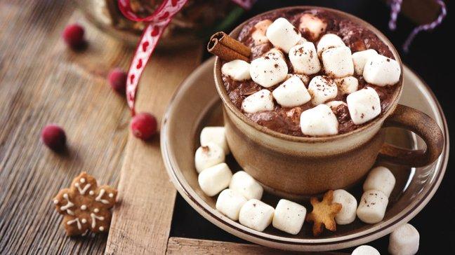 Des joyaux abordables : 55 idées de cadeaux de Noël bon marché - Coffret de chocolat chaud
